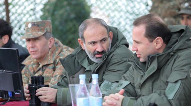Nikol Paşinyan və David Tonayan