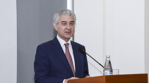 Əli Əhmədov Gürcüstan nümayəndə heyəti ilə görüşüb