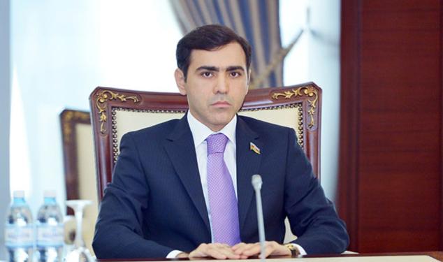 """Deputat köməkçisinə ağır ittihamlar: """"Çıxarmadığı oyun qalmayıb"""""""