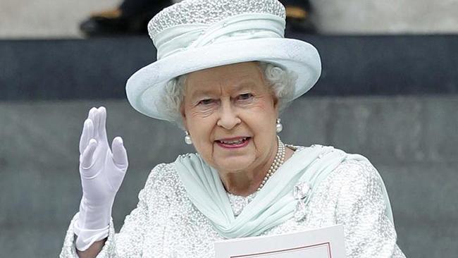 Barbados Böyük Britaniya kraliçasından imtina edir