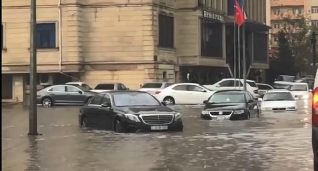 Sel - Yağış