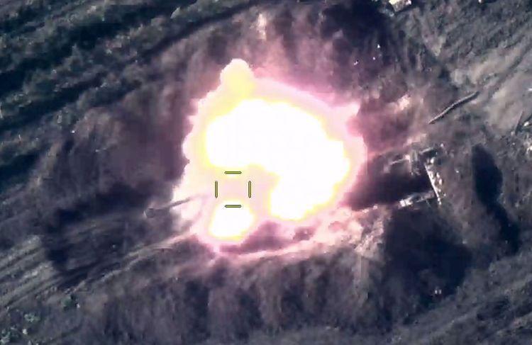 MN: Düşmənin iki artilleriya batareyası məhv edilib - Video