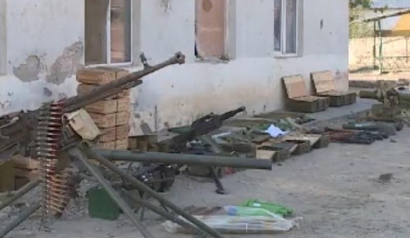 MN: Zəngilan istiqamətində düşməndən əldə edilən silah-sursatın görüntüsü - Video