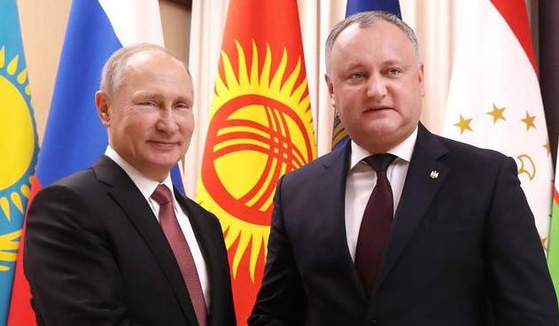 Vladimir Putin və İqor Dodon
