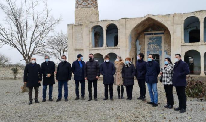 İtaliya parlamentinin nümayəndə heyəti Ağdamda erməni vəhşiliklərinin şahidi olub