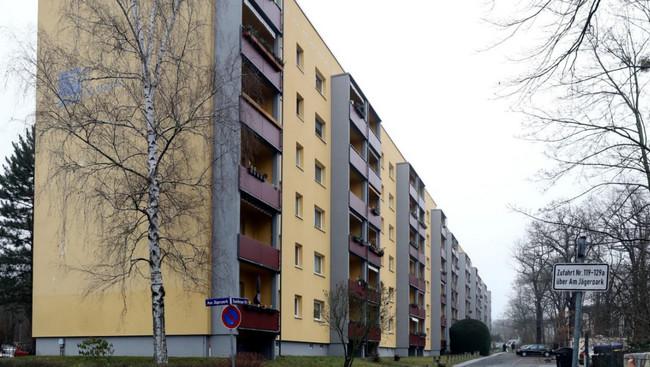Vladimir Putinin Drezdendə yaşadığı bina