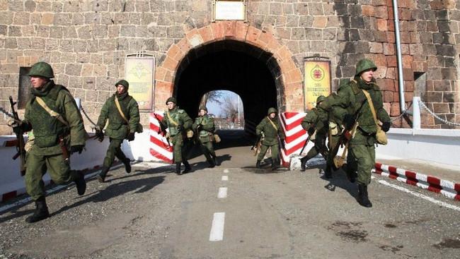 Rusiyanın Ermənistandakı hərbi bazası