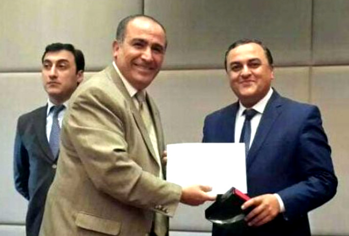 Zəka Vilayətoğlu (sağda)