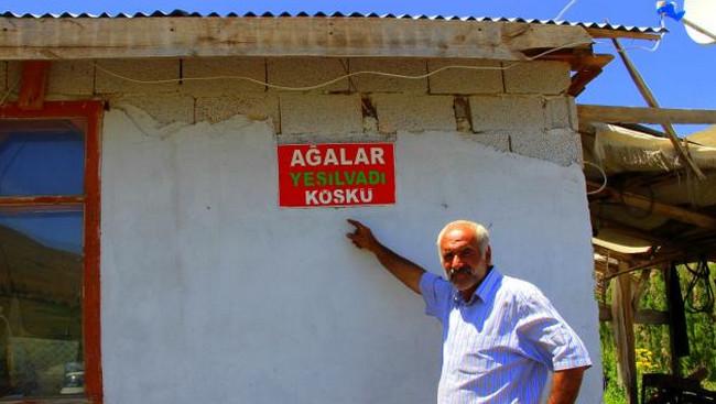 """Cengiz Şişman, """"Yaşıl vadi"""" kəndi, Ərzurum, Türkiyə"""