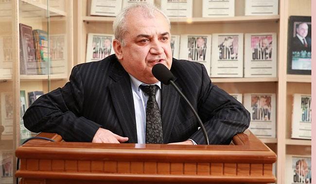 Təhsil eksperti  Ilham Əhmədov