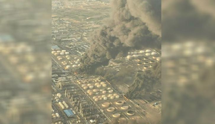 İranda neft emalı zavodunda güclü yanğın baş verib - Video