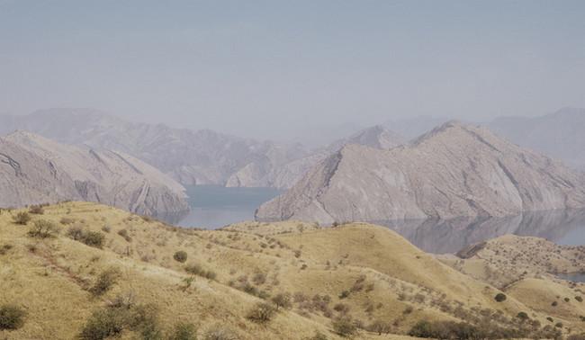 Düşənbə ətrafında göl, Tacikistan, Foto: Mario Xeller
