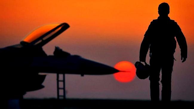 """Rusiyanın """"Su-35S"""" təyyarəsi qəzaya uğrayıb"""