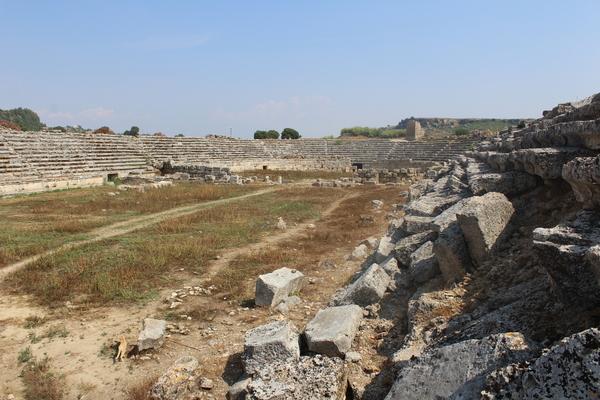 Perge şəhəri stadionu