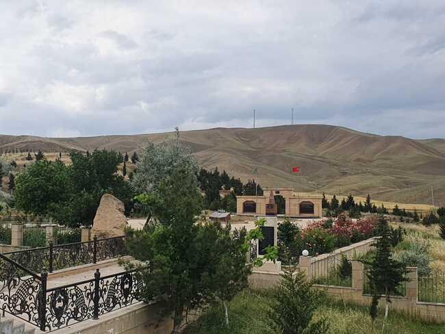 Şamaxıda yerləşən Türk şəhidliyi