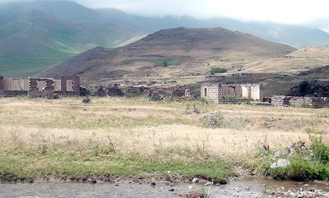 Kəlbəcər rayonunun Bəzirxana kəndi