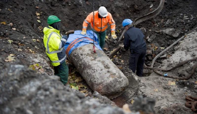 Britaniyanın Fransaya atdığı yarım tonluq aviabomba zərərsizləşdirilib