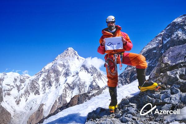 Dünya şöhrətli alpinistimiz İsrafil Aşurlı yeni zirvələri fəth etməyə hazırlaşır