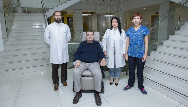 Gömrük Hospitalının həkimləri COVID-19-a yoluxmuş həmkarlarını həyata qaytarıblar